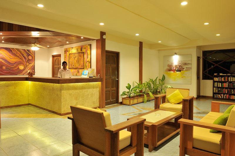 Eriyadu Island Resort, Maldivi 3