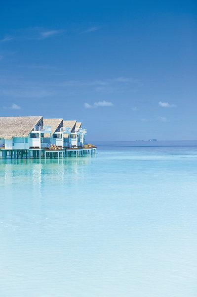 Centara Grand Island Resort and Spa Maldives, Maldivi 2