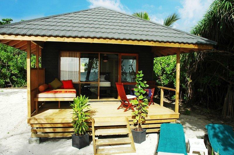 Kuredu Island Resort, Maldivi 3