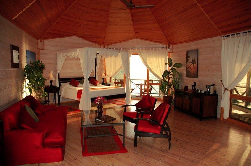 Kuredu Resort and Spa, Maldivi 4