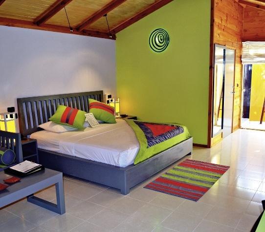 Meeru Island Resort and Spa, Maldivi 4