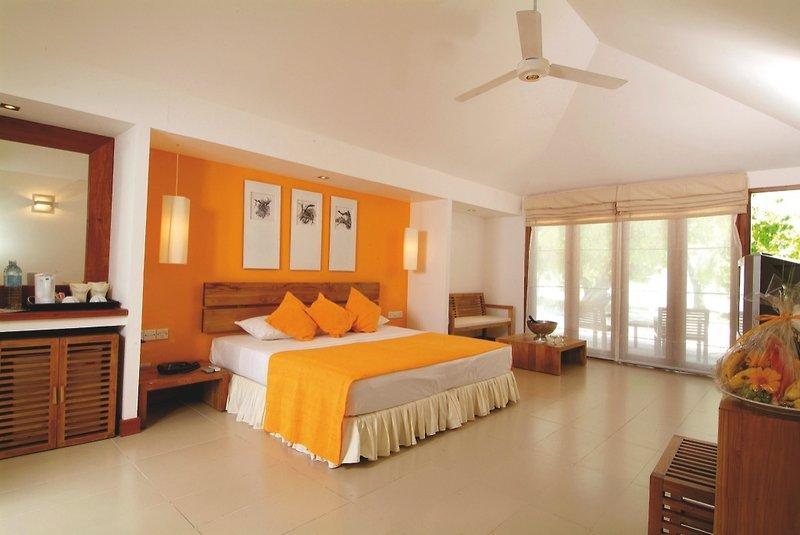 Adaaran Select Hudhuranfushi, Maldivi 4