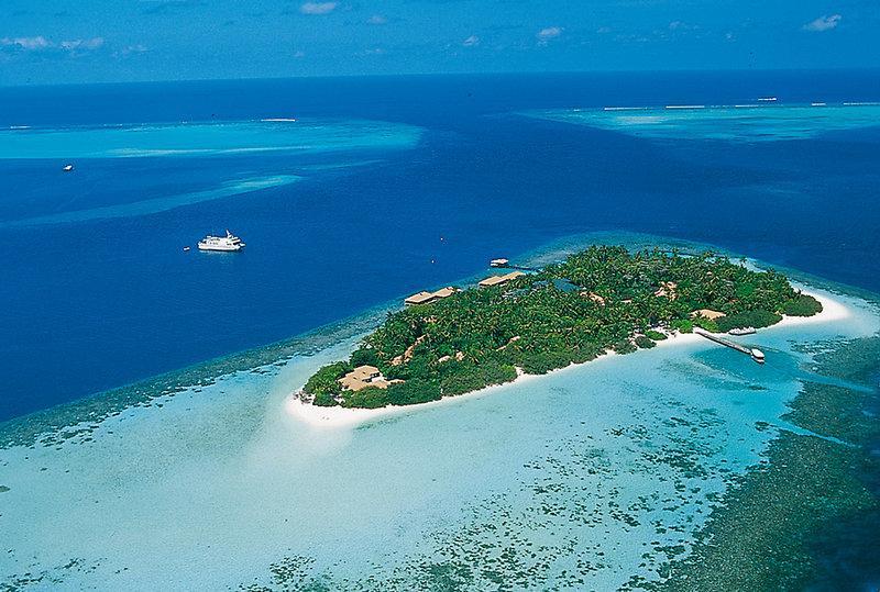 Embudu Village, Maldivi 1