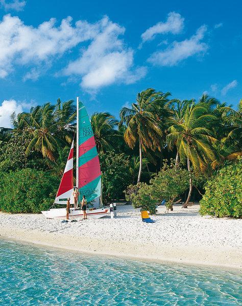 Embudu Village, Maldivi 4