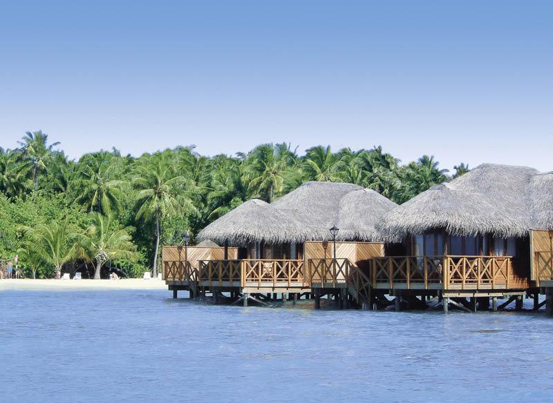 Fihalhohi Island Resort, Maldivi 3