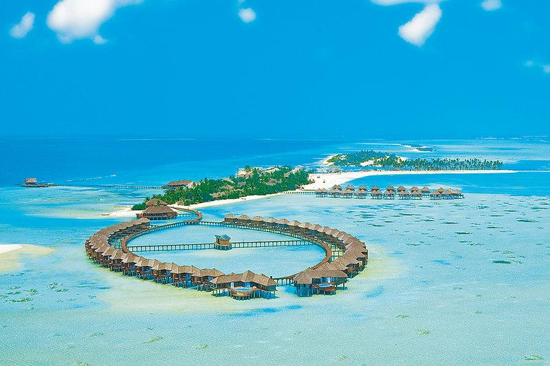Olhuveli Beach and Spa Resort, Maldivi 1