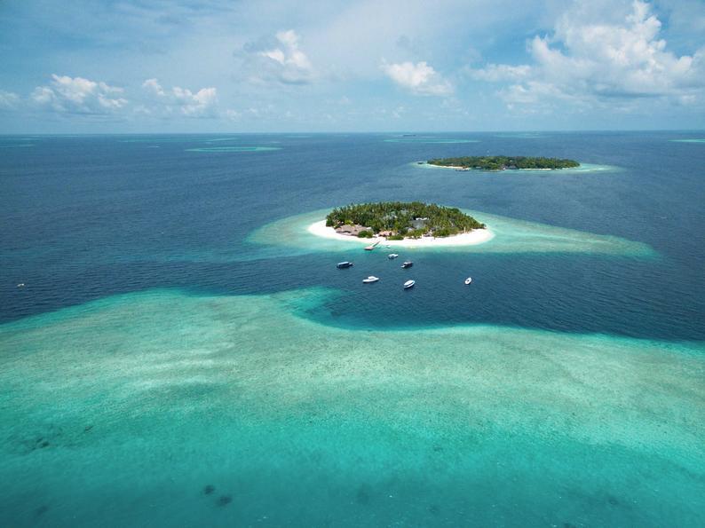 Malahini Kuda Bandos, Maldivi 1