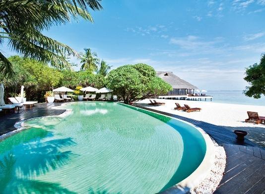 Adaaran Prestige Water Villas, Maldivi 3